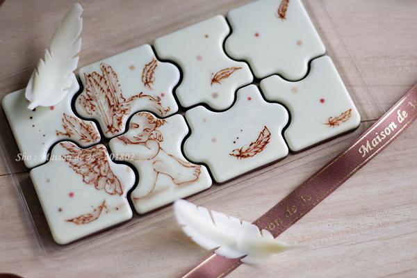 天使のパズル型チョコ